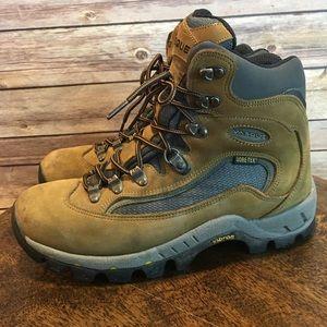 VASQUE St Elias Goretex Hiking Boot, Size 9